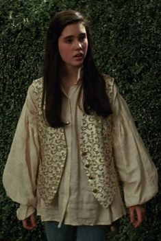 The Labyrinth Resource — hiya, do you have any stills of sarah's waistcoat? Sarah Labyrinth, David Bowie Labyrinth, Labyrinth Movie, Jennifer Connelly Labyrinth, Cosplay, Labrynth, Jim Henson, Just In Case, Kimono Top