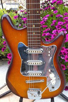 Vintage 60's Teisco Guyatone Guitar 3 Pickup w Original Tremolo Made in Japan