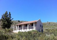A charming self-catering cottage on a working fynbos farm in DanielsHoogte Private Reserve in Aurora. Cape Dutch, Self Catering Cottages, Cape Town, Lodges, Places To Travel, South Africa, Abandoned, Route 66, House Styles