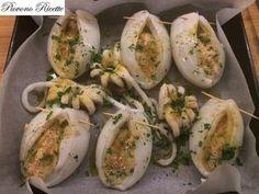 Stuffed cuttlefish – a delicious Apulian recipe – Shellfish Recipes Calamari Recipes, Shellfish Recipes, Seafood Recipes, Cooking Recipes, I Love Food, Good Food, Yummy Food, Italian Recipes, Italian Dishes