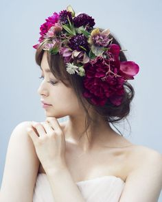 Wedding Girl, Wedding Flowers, Wedding Dresses, Bridal Headpieces, Her Hair, Wild Flowers, Wedding Hairstyles, Lace Dress, Wedding Inspiration