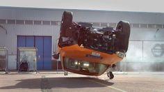 Volvo macht seine eigenen Crash Tests vom XC90 öffentlich.. und sehen trotz schwerer Unfälle sicher aus.