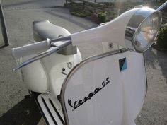 Vespa GS160 RAL 9016 Verkehrsweiß