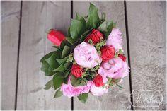 Roze trouwboeket pioenrozen - Trouwfotografie Trouwfoto Bruidsfotograaf Almere - Wedding Photography - Wonder Fotografie - http://www.wonder-fotografie.nl