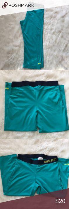 Nike Pro Capri Dry-Fit Capri Leggings Sz Lg Awesome Nike Pro Capri length leggings in a beautiful teal color. EUC! Sz Large. Nike Pants Leggings