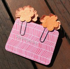 Flower Paper Clips in Coral от PaperPaniolo на Etsy