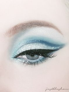 Modern Fairytale / Cinderella / karen cox. Glamorous Cateye make-up.
