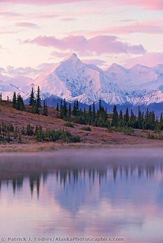 ALASKA!   (Mount Brooks, Wonder Lake, Alaska range, Denali National Park)