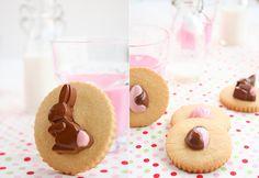 pretty Easter cookies