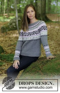 Knitted jumper with round yoke and multi-coloured Norwegian pattern, worked top down. Sizes S - XXXL. The piece is worked in DROPS Merino Extra Fine. Free knitting pattern by DROPS Design. Jumper Patterns, Sweater Knitting Patterns, Lace Patterns, Crochet Patterns, Drops Design, Fair Isle Knitting, Free Knitting, Baby Knitting, Jersey Jacquard