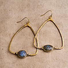 Labradorite dangle earrings                                                                                                                                                     More