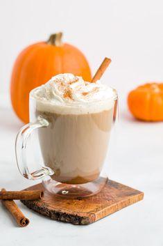 Pumpkin Spice Latte Pumpkin Spiced Latte Recipe, Pumpkin Spice Coffee, Spiced Coffee, Pumpkin Recipes, Fall Soup Recipes, Easy Drink Recipes, Easy Cake Recipes, Yummy Drinks, Pie Recipes