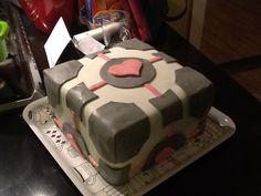 My Companion cube birthday cake :D