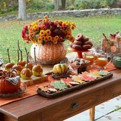 52 Wonderful Fall Party D?cor Ideas : 52 Cool Fall Party D?cor Ideas With Outdoor Dining Table Setting And Pumpkin Flower Fruit Decor Dessert Party, Party Desserts, Dessert Tables, Buffet Tables, Dessert Buffet, Otoño Baby Shower, Fiesta Baby Shower, Bridal Shower, Halloween