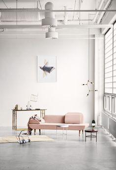 Un canapé rose - Et pourquoi pas Coline ?