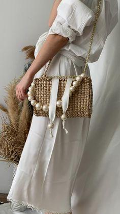 Knitting Yarn, Hand Knitting, Knitting Machine, Crochet Bag Tutorials, Straw Handbags, Purses And Handbags, Small Handbags, Diy Purse, Boho Bags