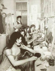 1913-1924 the dressing room at Moulin Rouge