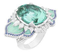 Rosamaria G Frangini | High GREEN Jewellery |Sortija Cocktail de la colección Pierres de Caractère de Van Cleef & Arpels
