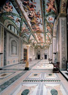 VIAGGIO IN ITALIA: LA VILLA FARNESINA A ROMA | Folia