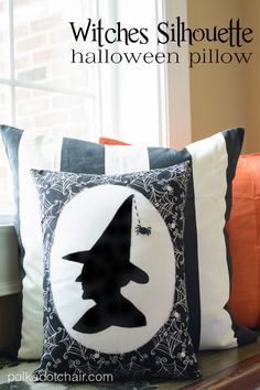 Witches-Silhouette-Halloween-Pillow