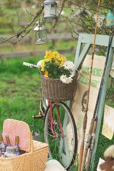 Go vintage without disposables. #vintage #picnic #ecopicnic #reuse