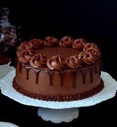 "retro7wonder4reverie: ""via pinterest "" Chocolate Birthday Cake Decoration, Birthday Cake Decorating, Chocolate Cake Designs, Chocolate Recipes, Food Cakes, Cupcake Cakes, Cake Recipes, Dessert Recipes, Brownie Cake"