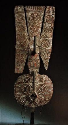 Index of /masque-afrique African Wood Carvings, Ceramic Sculpture Figurative, Afrique Art, African Sculptures, Celtic Culture, Art Premier, Art Sculpture, Masks Art, African Masks