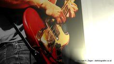 GIMME MORE BASS | Eine Nacht voller Überraschungen - bei einer Bandprobe einer noch unbekannten Band. Wenn die sich nur dazu überreden lassen würden, ihre erste CD schon bald herauszubringen,... Sound Of Music, Vienna, Bass, Music Instruments, Artists, Night, Musical Instruments, Lowes, Artist