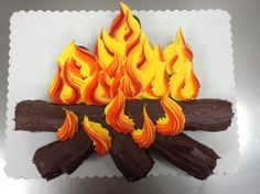 campfire cupcake cake made with 24 cupcakes and buttercream icing. Made by Laurie Grissom