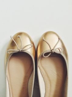I love little flats just like these! I want some! So comfy!