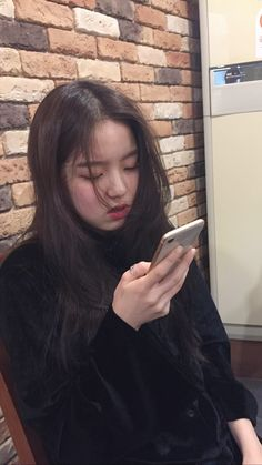 Pretty Korean Girls, Ulzzang Korean Girl, Girl Artist, Asian Kids, Uzzlang Girl, Grunge Girl, Ulzzang Fashion, Girl Crushes, Kpop Girls