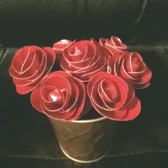 Duct tape rose pens . Crafts by Chris