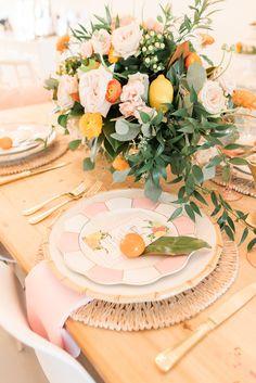 Throw a Citrus Themed Holiday Brunch Wedding Table Place Settings, Brunch Table Setting, Brunch Decor, Table Settings, Brunch Wedding, Summer Wedding, Dream Wedding, Orange Party, Green Garland