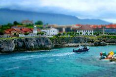 Bocana puerto de Llanes. Asturias. Spain.