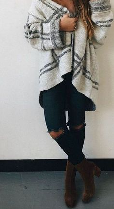 100 Winter Outfits to Copy Right Now - Page 2 of 5 - Wachabuy Outfits Otoño, Fall Outfits, Fashion Outfits, Womens Fashion, Fashion News, Cold Weather Fashion, Casual Winter Outfits, Autumn Winter Fashion, Winter Style