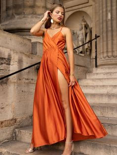 Satin Dresses, Formal Dresses, Miro, Style Casual, Pret A Porter Feminin, Diy Fashion, Romance, Collection, Ainsi