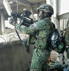Marine Special Operations Group (MARSOG) Philippine Marine Corps in Marawi Marine Corps Uniforms, Marines Uniform, Military Uniforms, Military Weapons, Military Aircraft, Philippine Army, Military Special Forces, September 11, Modern Warfare