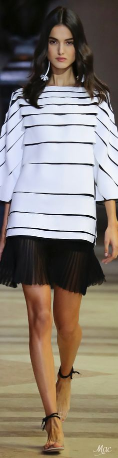 Spring 2016 Ready-to-Wear Carolina Herrera