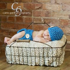 Blue Diaper Cover and Beanie with Wooden Buttons/ by DaddyMackHats, $40.00