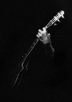 Black and White Photography Techniques to Help You Out – PhotoTakes Low Key Photography, Creative Photography, Guitar Art, Music Guitar, Musician Photography, Photography Music, Rock Poster, Chiaroscuro, Music Photo