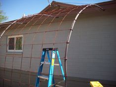 Rebar and rebar arbor/trellis - for growing vines to shade house Grape Trellis, Grape Arbor, Vine Trellis, Plastic Lattice, Arbors Trellis, Shade House, Trellis Design, Shade Structure, Cheap Pergola
