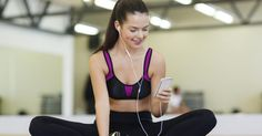 10 apps para ejercicios que no puedes dejar de tener. En la actualidad hay más de 30.000 aplicaciones disponibles para descargar desde tu smartphone y que pueden ayudarte a conseguir motivación y comenzar a hacer ejercicio. Las opciones van desde correr o andar en bicicleta hasta un entrenador personal que te motiva para que termines la rutina de ...