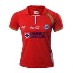 Celebra junto con el Cruz Azul sus primeros 50 años en Primera División con el jersey conmemorativo de Umbro.