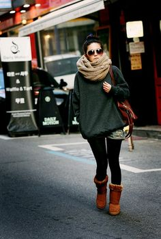 oversized sweater+infinity scarf- perfect when running late for class. fall