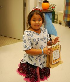 Trick or treating at UC Davis Children's Surgery Center
