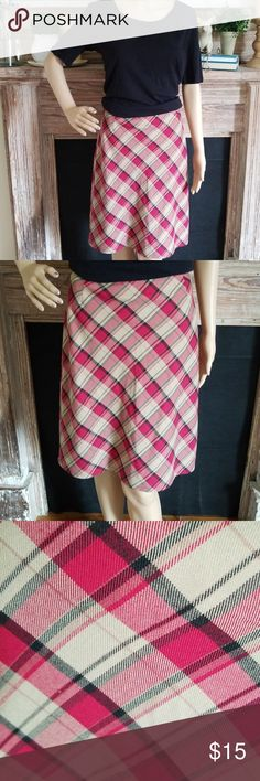 """Style & Co. Plaid Skirt Perfect with heels or sneakers. Can be dressed up or down, you decide. Features a side zip and hook and eye closure. Fully lined. Flat measurements are as follows : Waist: 17"""" Hips: 21"""" Length: 22"""" We are a smoke-free, pet friendly home. Your garments will be packaged with care and love. Thank you for shopping my closet. Remember to bundle and save. Feel free to ask questions. Style & Co Skirts"""