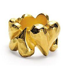 Kollektion: Heartbreaker •Material: 925/-Sterling Silber, vergoldet • Franziska von Drachenfels liebt es, mit ihrem Schmuck Geschichten zu erzählen. Ob diese Realität oder Poesie sind, ist am Ende nicht wichtig.  • by Drachenfels •