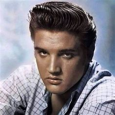 Elvis-Presley-Elvis-in-a-publicity-photo-from-the-1950-039-s