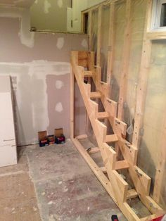How to build floating stairs step by step. Handy Father had an article on how to build floating stairs, but this post gets into the actual process used Loft Stairs, Basement Stairs, House Stairs, Stair Steps, Stair Railing, Deck Design, House Design, Espalier, Stairs Stringer