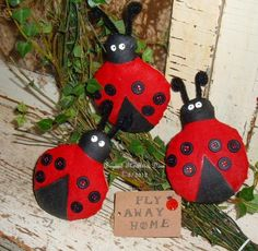 LADY BUG Tucks Summer Bowl Fillers PRIMITIVE by BeyondTheAtticDoor, $13.95
